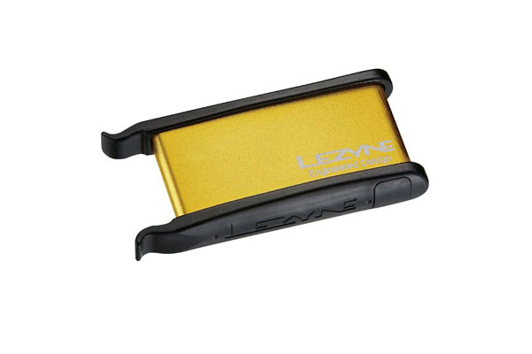 LEZYNE TIRE REPAIR KIT - ALU CASE, 2 TIRE LEVERS, 6 PATCHES GOLD