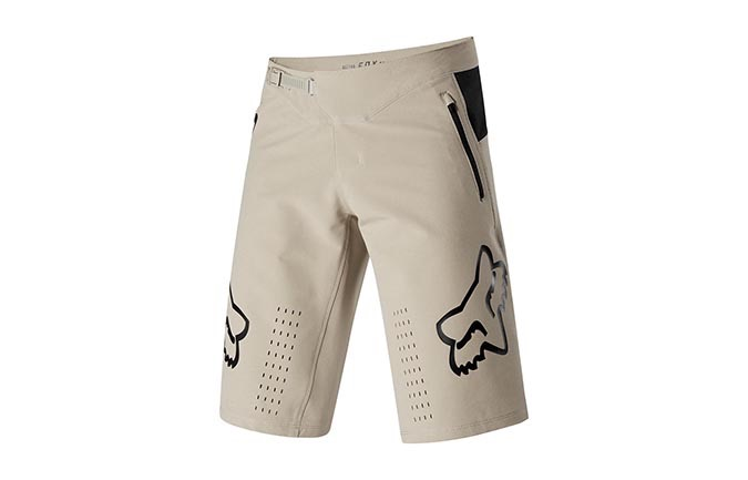SHORT FOX DEFEND LIGHT BEIGE